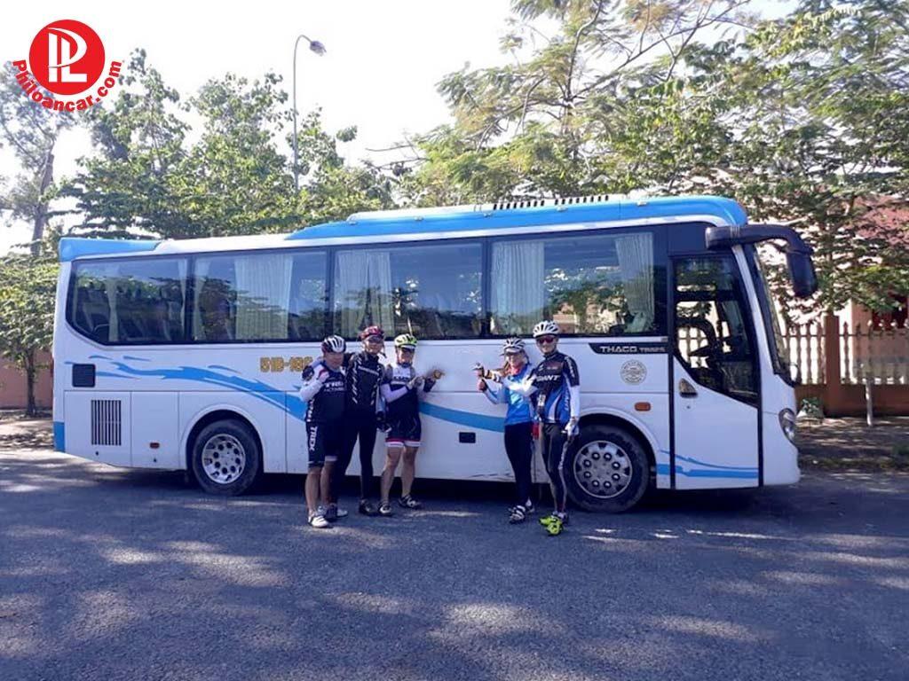 Thuê xe 29 chỗ đi Cần Thơ tại TPHCM