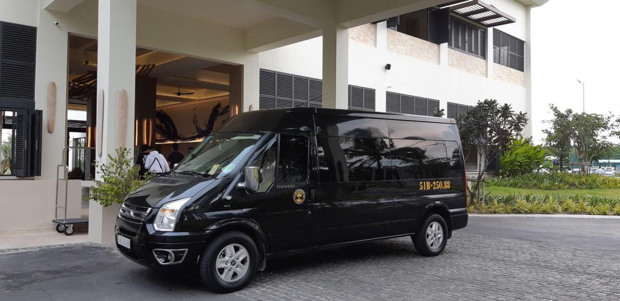 Thuê xe 16 chỗ đi Melia Hồ Tràm tại TPHCM