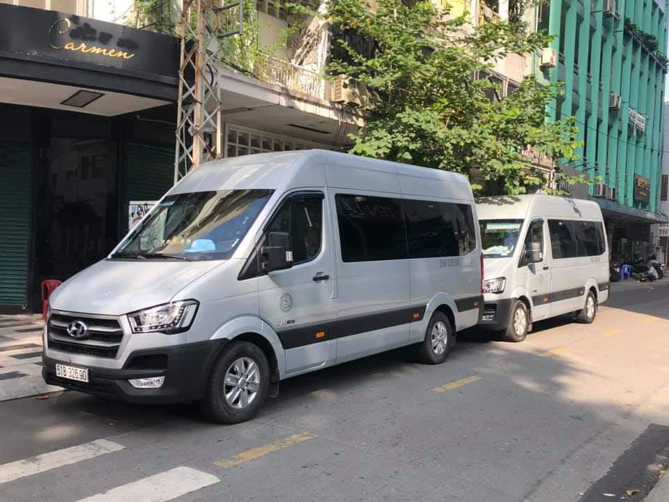 Cho thuê xe 16 chỗ cao cấp Hyundai Solati
