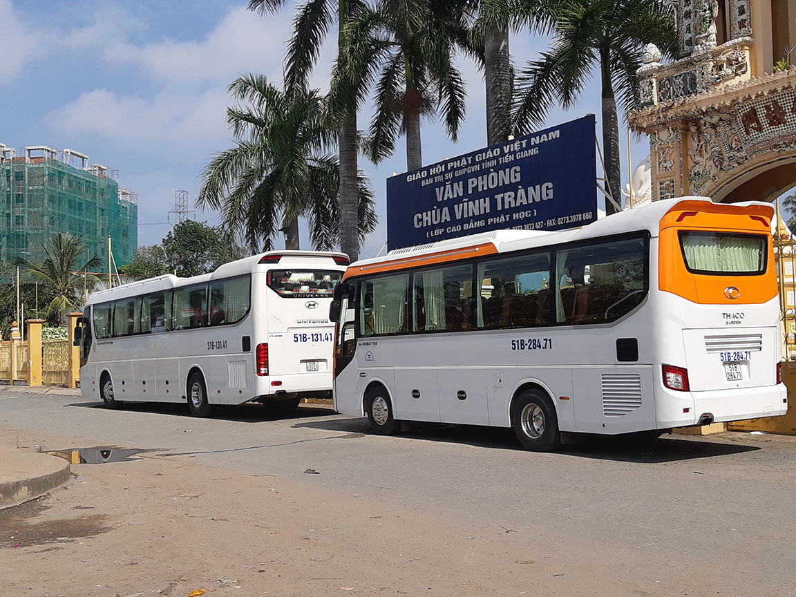 Xe Phi Loan tại Chùa Vĩnh Tràng Tp. Mỹ Tho Tiền Giang
