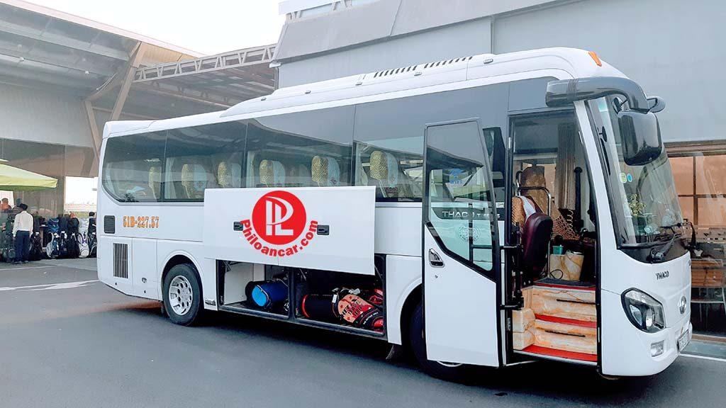 Thuê xe 29 chỗ cao cấp với khoang hành lý rộng rãi tại TPHCM