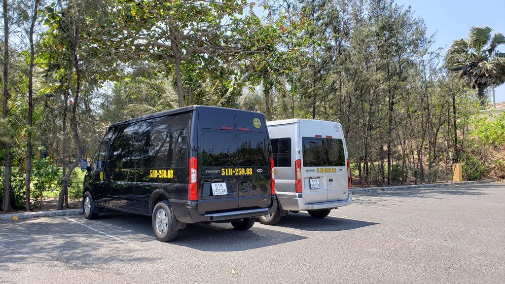 Thuê xe du lịch 16 chỗ cao cấp từ TPHCM đi The Grand Hồ Tràm