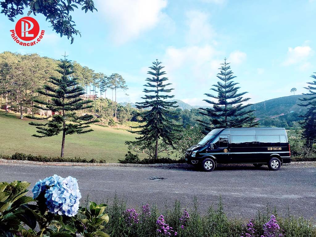 Thuê xe 16 chỗ đời mới giá tốt tại TPHCM đi Đà Lạt