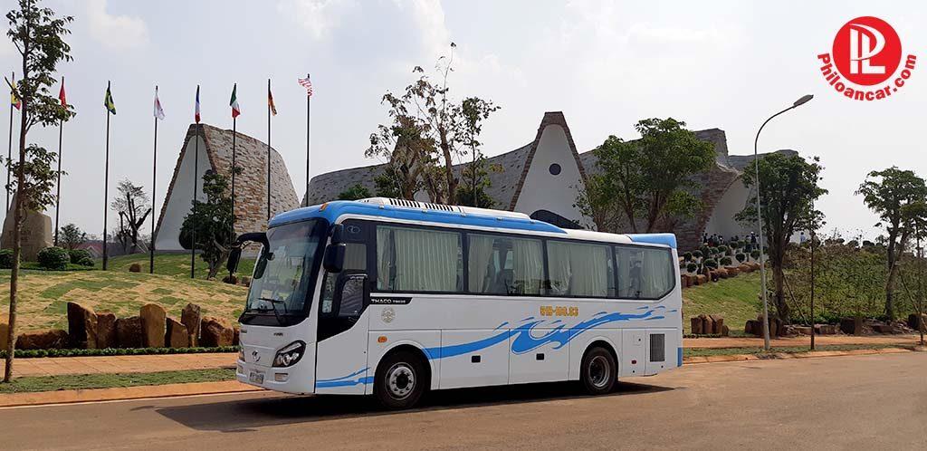 Cho thuê xe 29 chỗ đi Buôn Ma Thuộc tại TPHCM