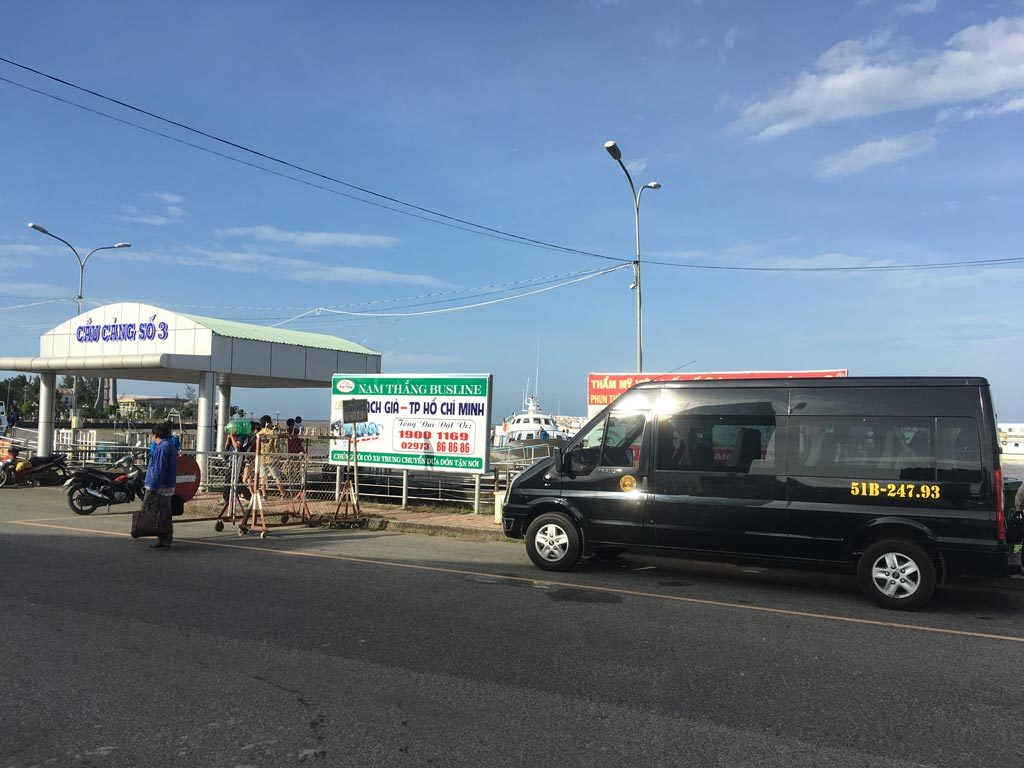 Thuê xe 16 chỗ đi Rạch Giá - Phú Quốc ngày Tết